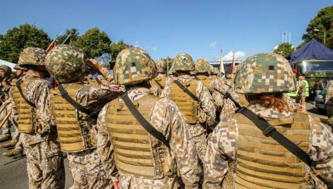 """""""Пушечное мясо"""" или """"краеугольный камень""""? Почему Латвия строит оборону на базе Земессардзе"""