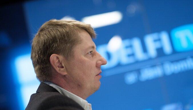 'Delfi TV ar Jāni Domburu' atbild Anrijs Matīss. Intervijas teksts