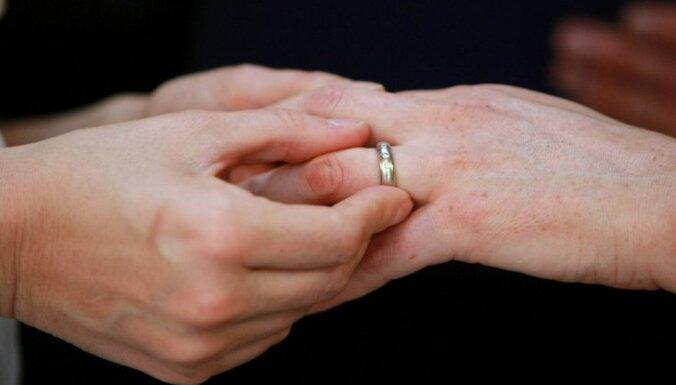 В Сейме обсудят проблемы торговли людьми и фиктивных браков