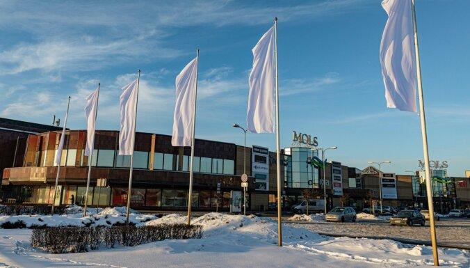 Доходы латвийских торговых центров рухнули на 57%