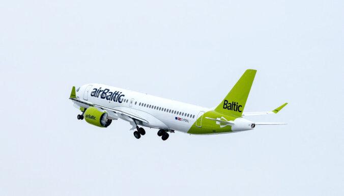 'airBaltic' uz laiku pārtrauc lidojumus uz Liepāju
