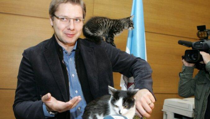 Ušakovs sola nestartēt Saeimas vēlēšanās un paredz jaunu spēku ienākšanu parlamentā