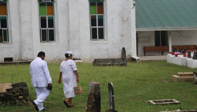 Cilvēkus te vairs neēd, bet garšu vēl atceras. Fragments no grāmatas 'Razbainieku salas'