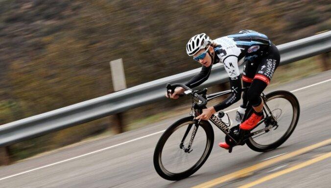 Riteņbraucējs Neilands iegūst 12. vietu Alentežu daudzdienu velobrauciena kopvērtējumā