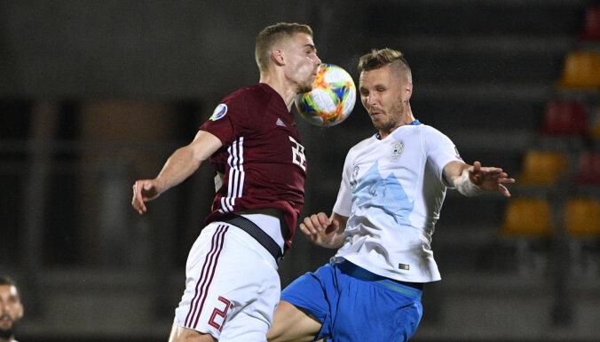 Latvijas futbola izlase savu līdzjutēju priekšā piedzīvo apkaunojošu zaudējumu