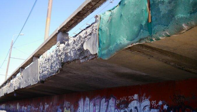 Salu tilta remontam vēl nepieciešami 105 000 eiro