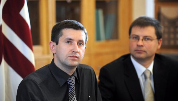 valdis dombrovskis,vjačeslavs dombrovskis