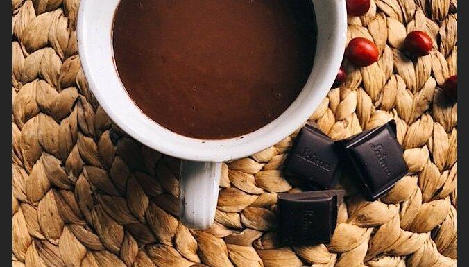 Karstā šokolāde ar kanēli
