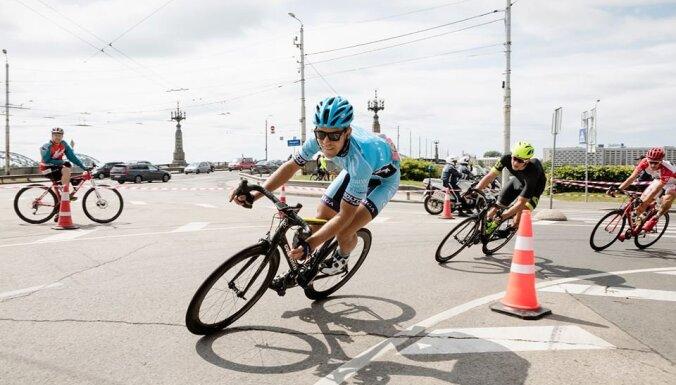 Bēcis vienas dienas velobraucienā Honkongas svelmē finišē 16. vietā