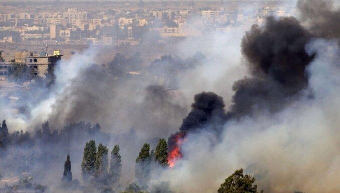 Sīrijas armija un nemiernieki cīnās par robežpunktu Golānas augstienēs; Austrija paziņo par miera uzturētāju izvešanu