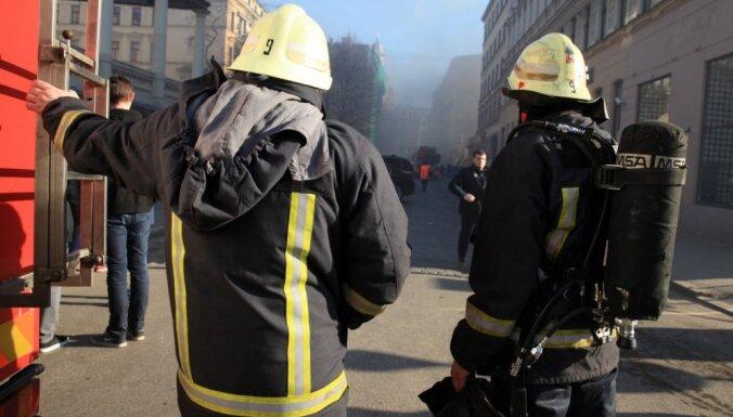 Pirmdien Latvijā dzēsti astoņi ugunsgrēki