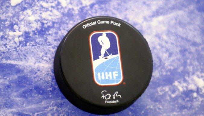 Latvijas sieviešu hokeja izlase pasaules čempionātā izcīna otro uzvaru
