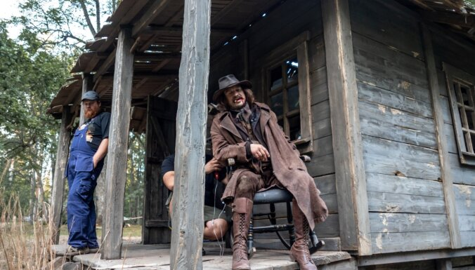 Foto: Kā tapa pašmāju vesterna 'Wild East. Kur vedīs ceļš' tērpi
