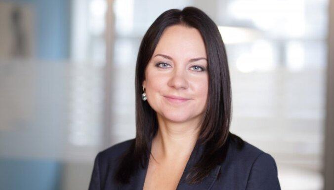 Debora Pāvila: Mazās Latvijas bīstamā tendence – amatpersonu pāriešana pretējā pusē