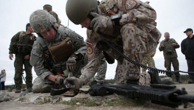 К 2018 году планируется увеличить число профессиональных военнослужащих