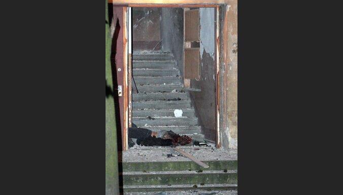Sprādzienā netālu no policijas ēkas Stabu ielā iet bojā sieviete, vēl viens cilvēks cietis
