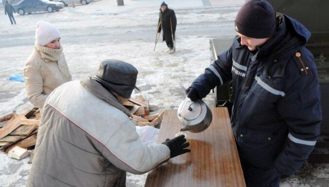Ukrainā nosaluši jau 43 cilvēki
