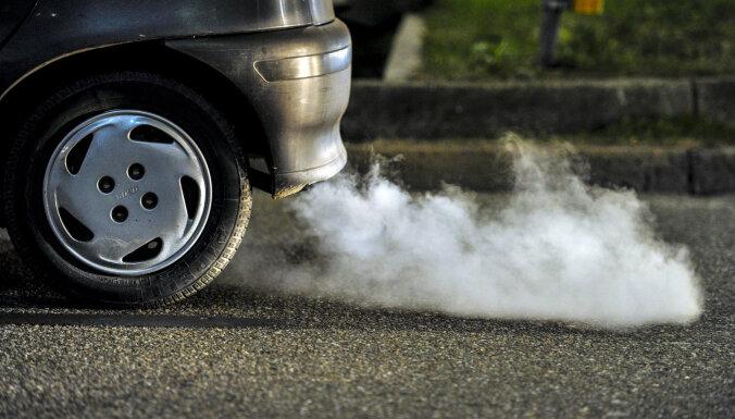 Eksperti: Latvija nedrīkst pārvērsties par 'netīra' transporta un 'šrotu zemi'