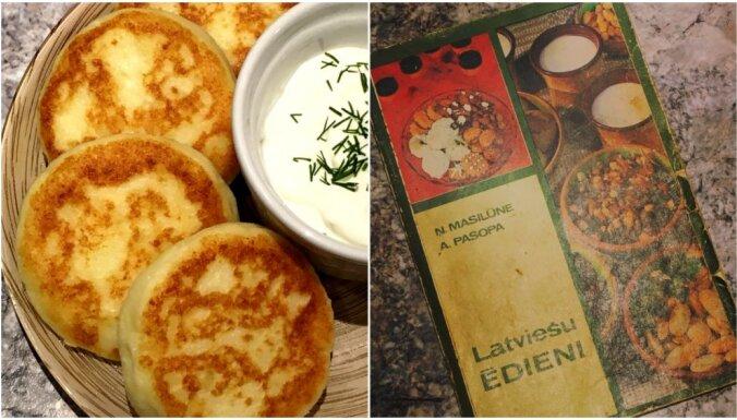Kartupeļu-biezpiena plācenīši no pavārgrāmatas 'Latviešu ēdieni'