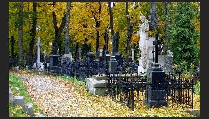 Климович о словах Ушакова: работа на кладбище унижает мусульман