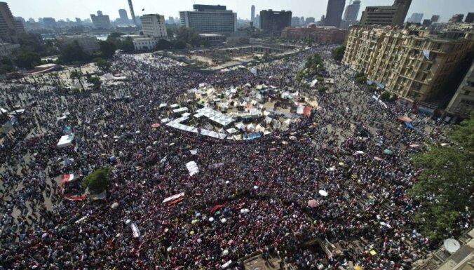 В Египте начались столкновения между демонстрантами