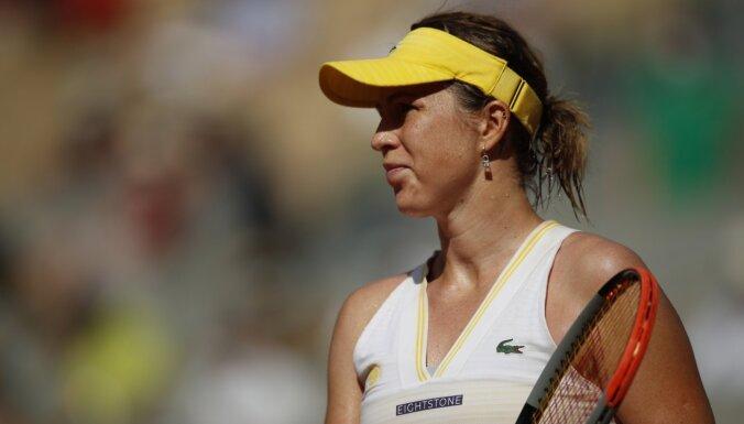 'French Open' pusfinālā tiksies Zidanšeka un Pavļučenkova