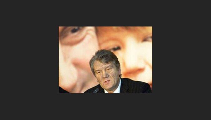 Juščenko partija uzsāk koalīcijas sarunas ar promaskaviskajiem spēkiem