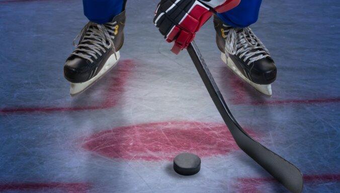 Latvijas hokejistiem vārti, uzvaras un zaudējumi savās Eiropas komandās