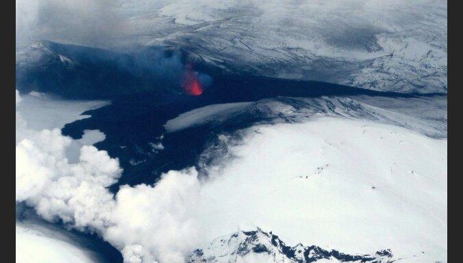 Европа избавится от исландского пепла к выходным