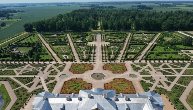 Rundāles pils dārzs ieguvis Eiropas Dārza balvu