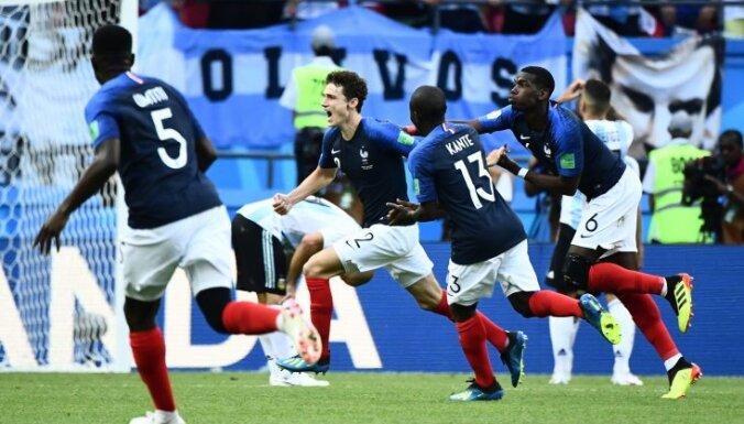 В 1/8 финала ЧМ в матче с семью голами Франция отправила Аргентину и Месси домой