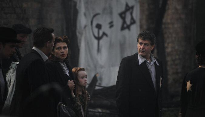 Dāvja Sīmaņa filmu 'Tēvs Nakts' demonstrēs ASV Kinoakadēmijas biedriem
