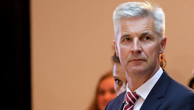"""Пабрикс не возражает против вакцины """"Спутник V"""" в Латвии, если она будет зарегистрирована в ЕС"""