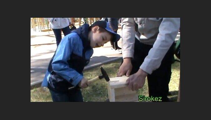 Резекне: 1 мая - день строителя скворечников (видео)