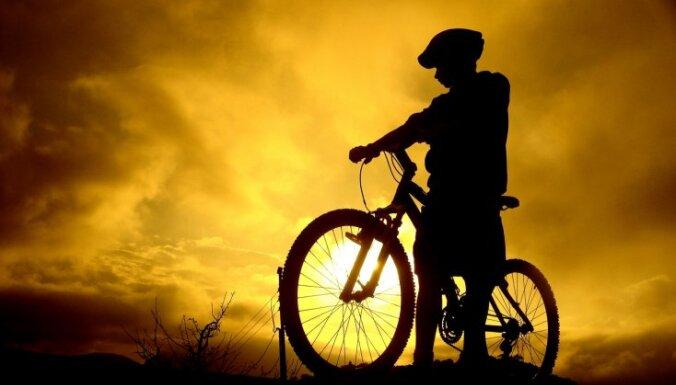 Būtiski palielinājies ar vilcienu ceļojošo velosipēdistu skaits