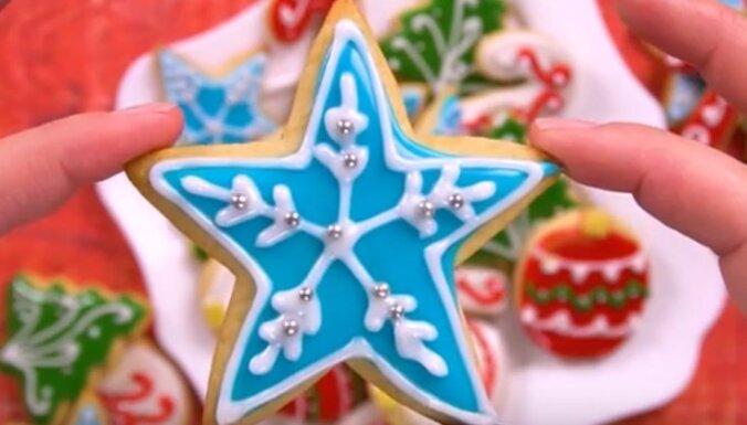 5 minūtes un 4 sastāvdaļas: kā pagatavot noturīgu piparkūku glazūru