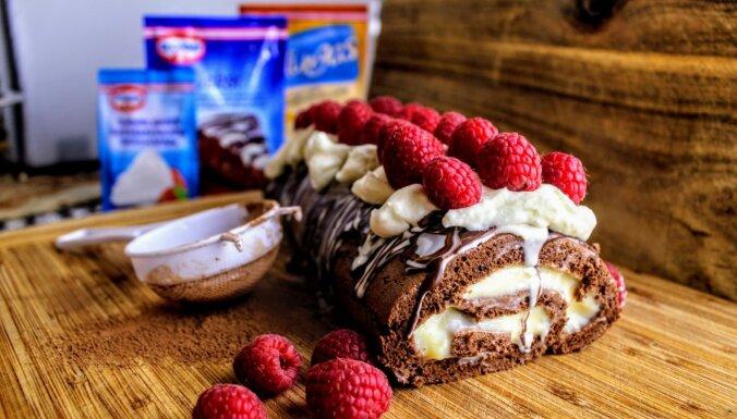 Foto recepte: Šokolādes rulete ar avenēm un vaniļas pudiņa pildījumu