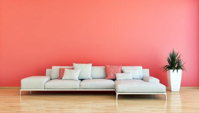 Astoņdesmito gadu stils, siltie toņi un akvareļi – 2019. gada aktualitātes mājokļu interjerā