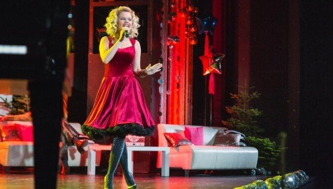 'Ziemeļblāzmā' izskanēs Annijas Putniņas koncerts 'Ziemassvētki Brodvejā'