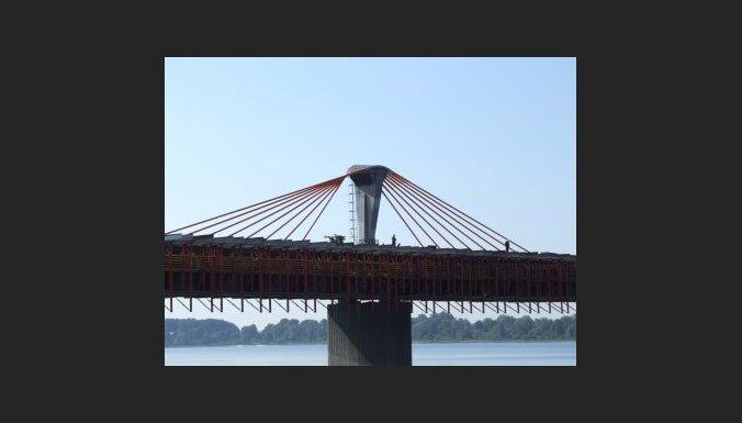 Būvnieki aicina ikvienu ekspertu pārbaudīt Dienvidu tiltu