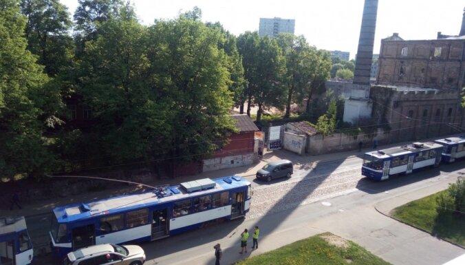 Atjaunota tramvaju un trolejbusu kustība Maskavas ielā