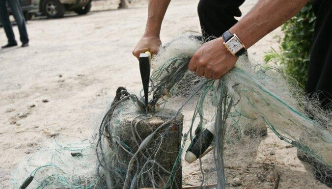 VVD inspektori Rīgas centrā aiztur maluzvejnieku