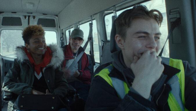 """Премьера. Актер Максим Стоянов: """"Заходим, сидит Тарантино, пузатенький такой..."""""""