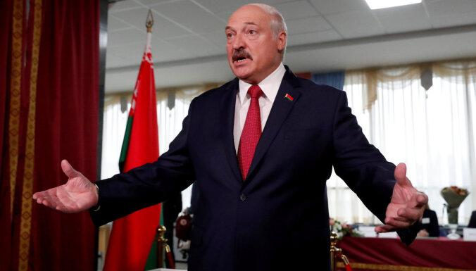 """""""Сладко точно не будет!"""" Лукашенко намерен посадить директоров сахарных заводов Беларуси"""