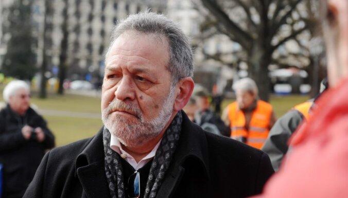 Antinacisti atteikušies no protesta, jo 'baidījušies būt nesadzirdēti'