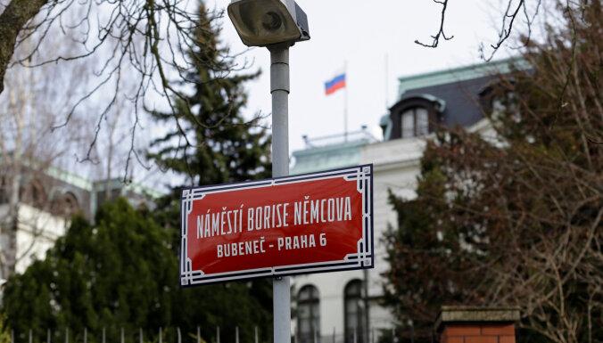 Krievijas vēstniecība Prāgā atsakās no adreses Ņemcova laukumā