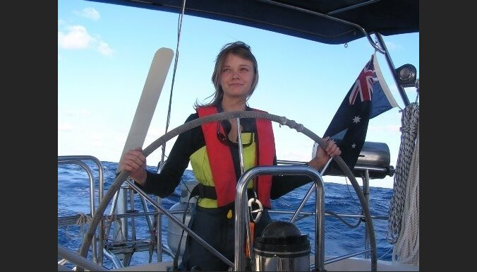 16-летняя австралийка отправилась в кругосветку