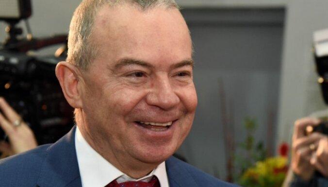 Лембергс заработал 344 000 евро, долги превышают 15 млн