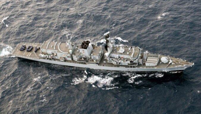 Великобритания отправит флот на защиту Ла-Манша от мигрантов