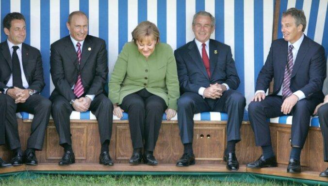 """Буш и Блэр признаны виновными в """"преступлениях против мира"""""""
